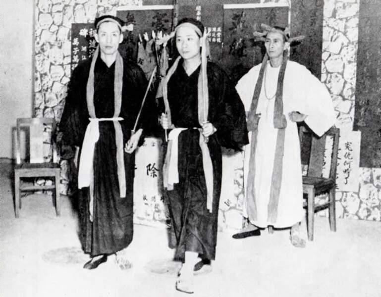 Les triades, héritières des moines Shaolin ?