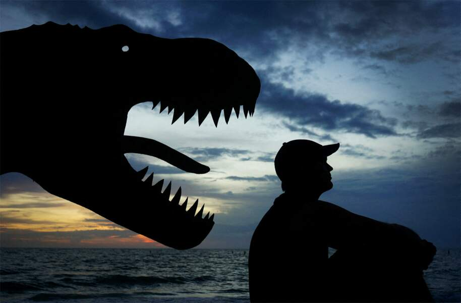 John Marshall surpris par un T-Rex