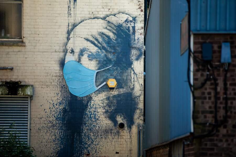 À Hanovre, même La Jeune fille à la perle se protège. Reste à savoir ce qu'en pense Vermeer.