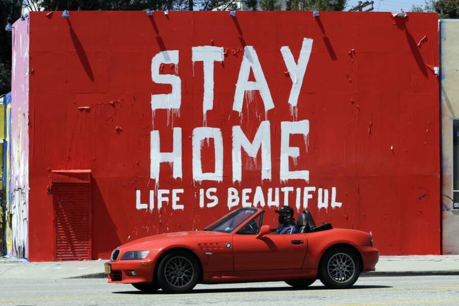 En Californie, l'art de marteler les mesages