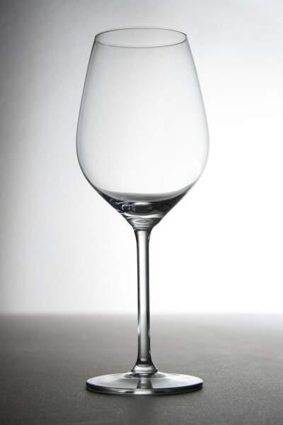 Peut-on trinquer avec un verre vide ?