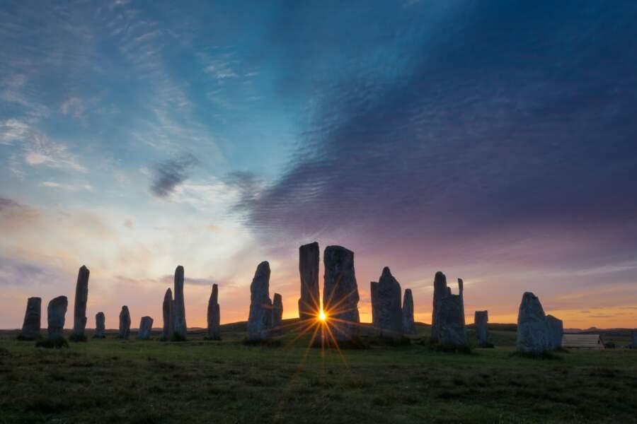 Lever du soleil sur l'île de Lewis en Écosse