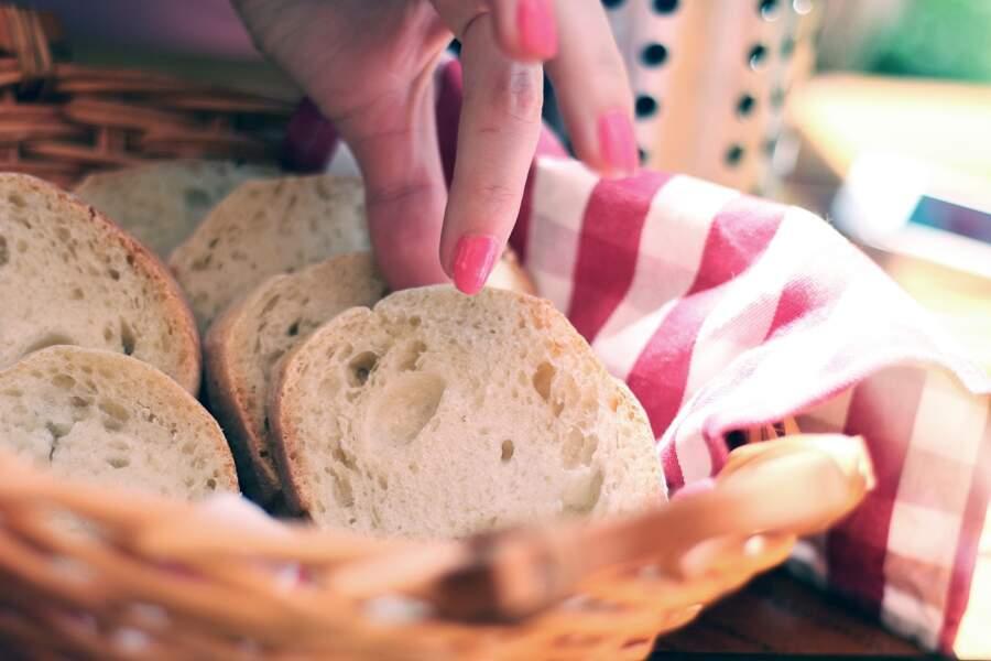 Ne plus attraper la nourriture avec ses doigts