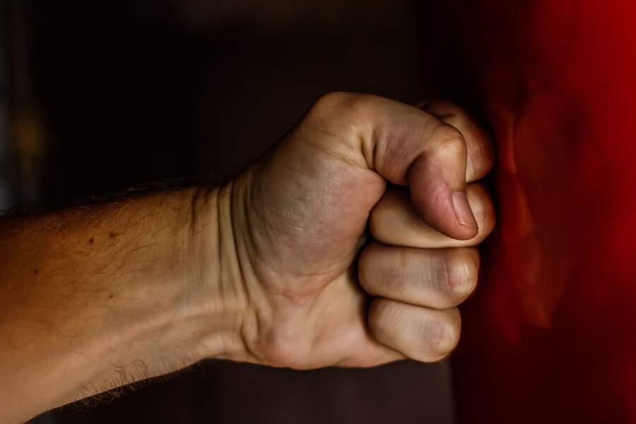 La préfecture de police de Paris a noté une augmentation de 36% des signalements de violences conjugales depuis le début du confinement