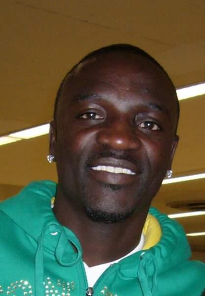 Akon, dans le secteur de l'énergie solaire