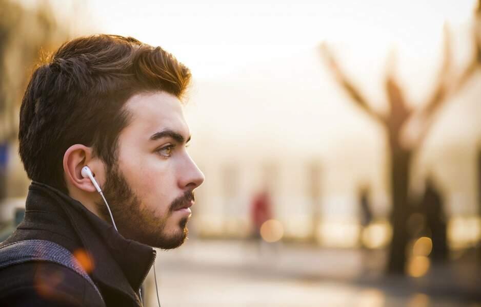 3. L'usage des écouteurs prépare des générations de sourds