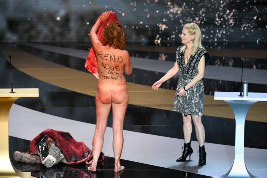 Corinne Masiero, la nudité comme arme