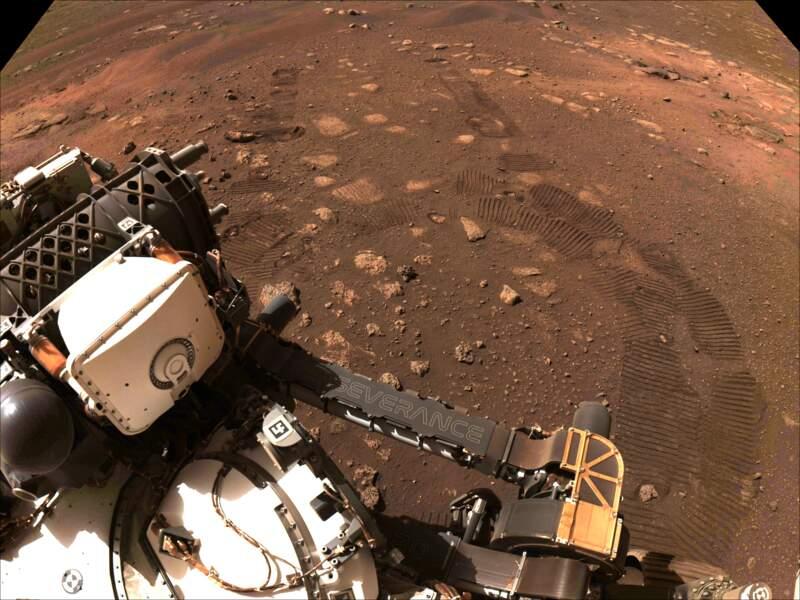 5 mars 2021 : premiers pas sur Mars