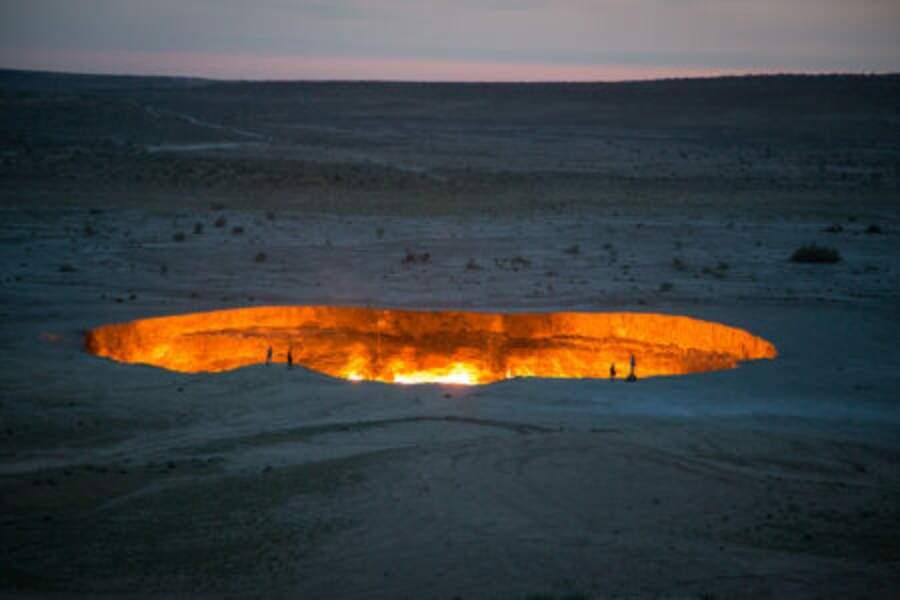 Le cratère de Darvaza, un gisement de gaz