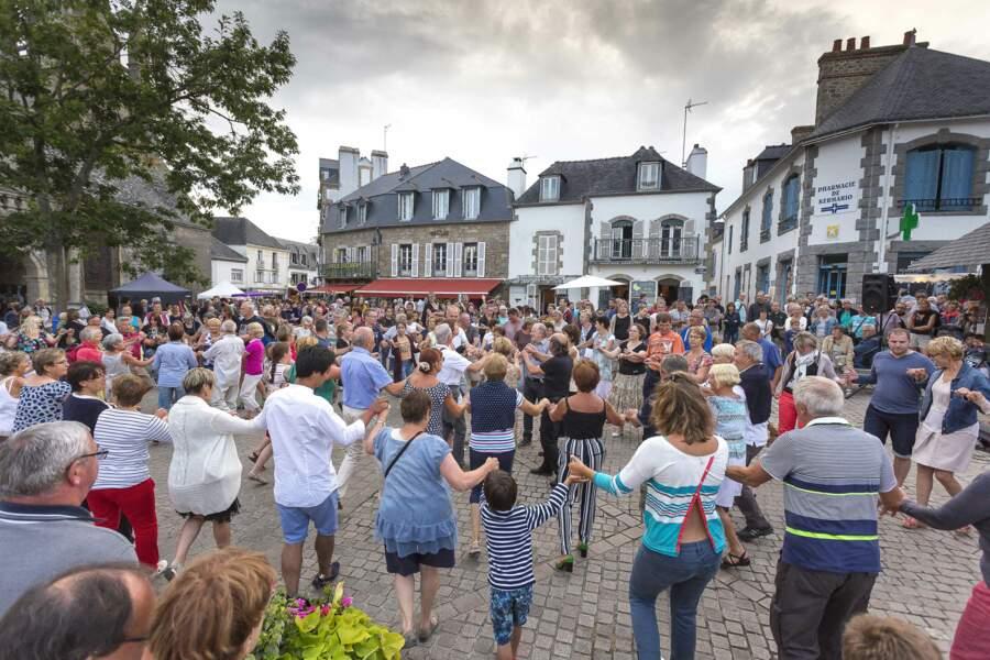 Le fest-noz, bal populaire breton