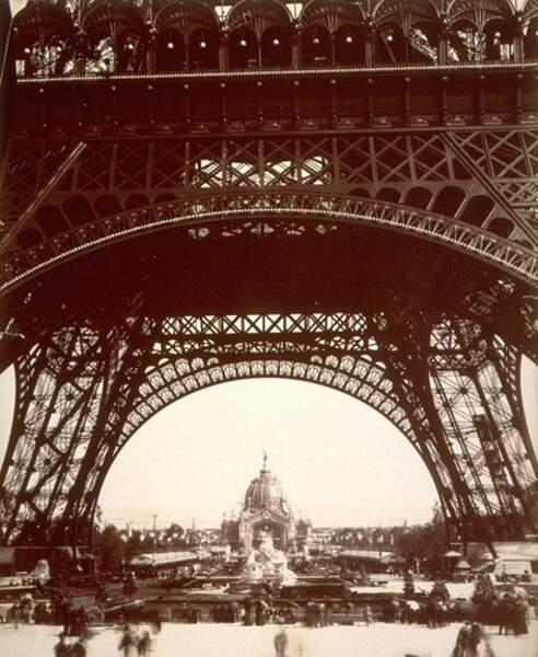 Une géante à Paris