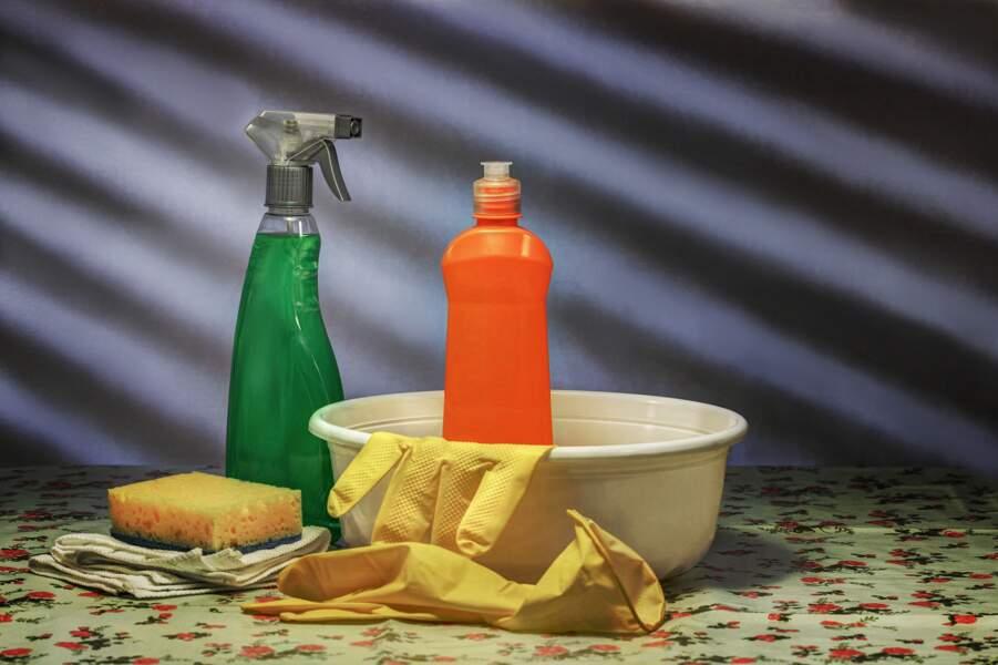 Les produits ménagers contiennent des ingrédients toxiques