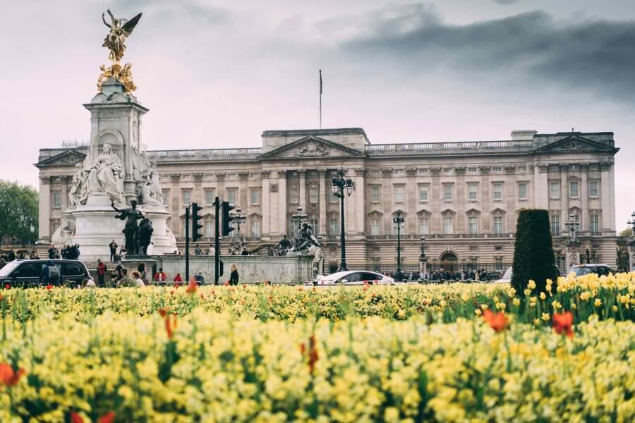 C'est elle qui a organisé le premier événement mondain exclusivement féminin de Buckingham Palace