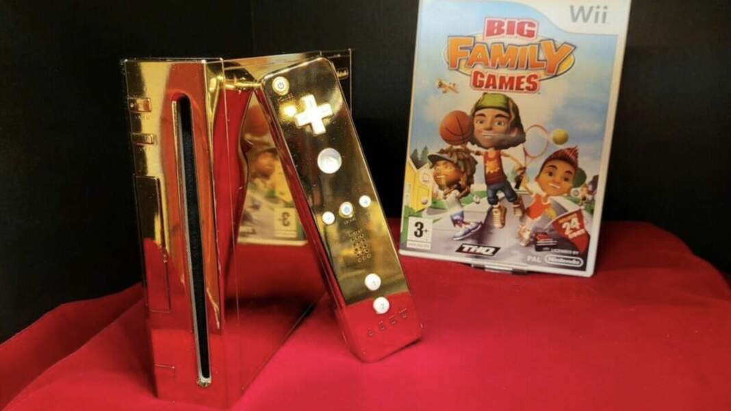La reine s'est fait offrir une console Wii... en or