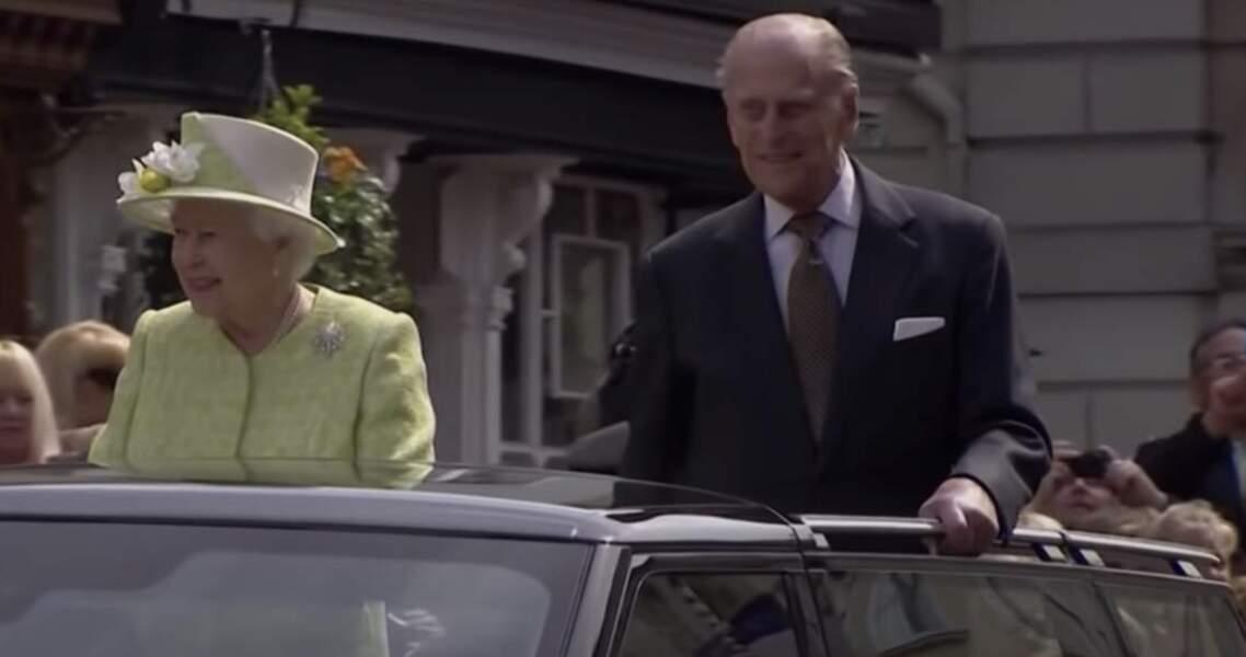 La Reine et le prince Philip, son défunt mari, sont aussi cousins
