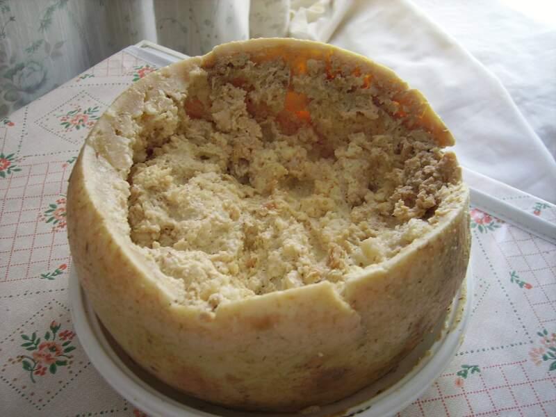 Fromage aux larves de mouche, Sardaigne